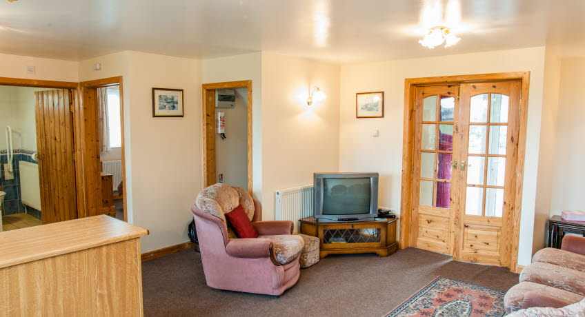 Borthwood Cottages - Rose cottage, lounge, Sandown, Isle of Wight,
