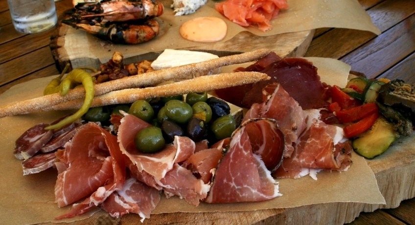 Priory Bay sharing platters