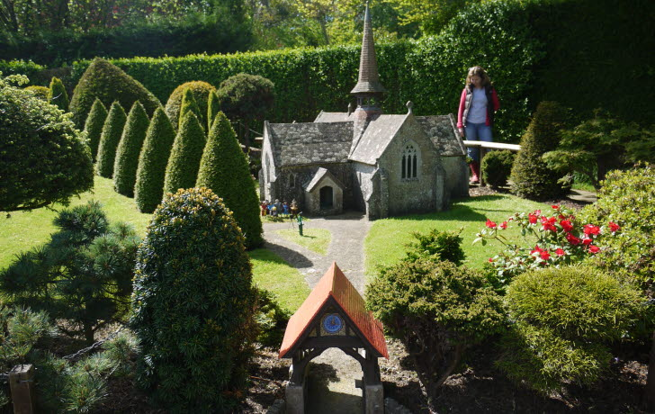 Godshill Model Village, High street, Godshill, Isle of Wight, PO38 3HH