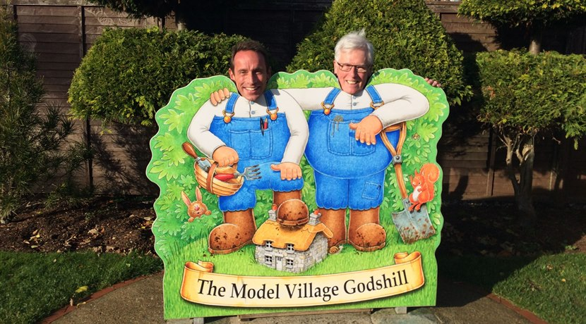 Godshill Model Village - stu & john craven