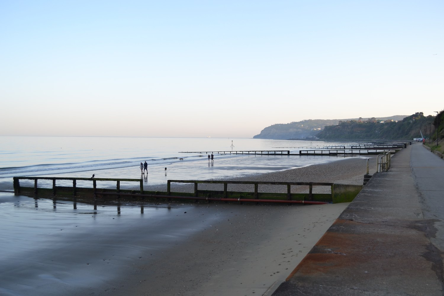 Summer evening walk from sandown to shanklin
