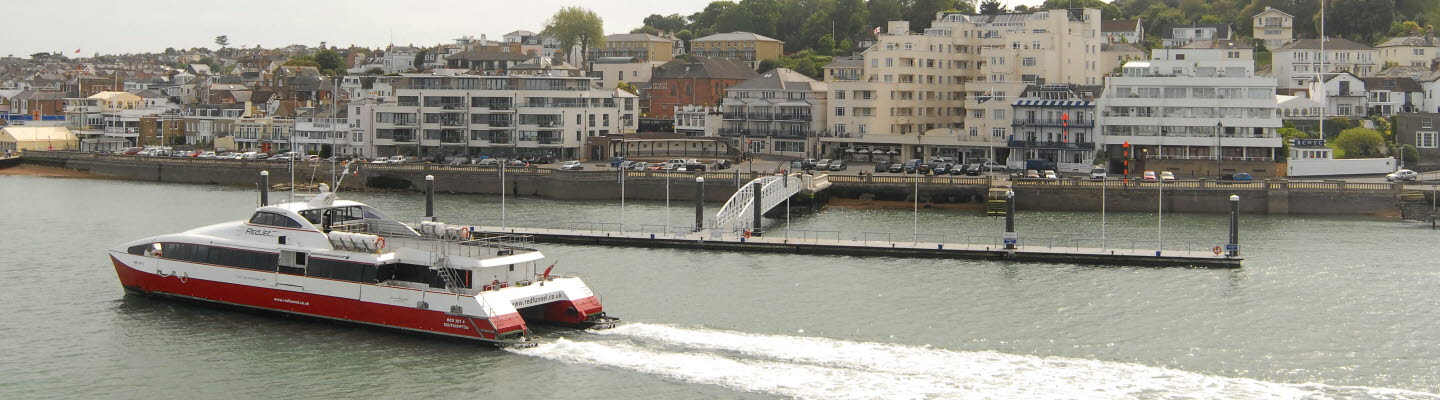 Red Jet 4 arrives in Cowes