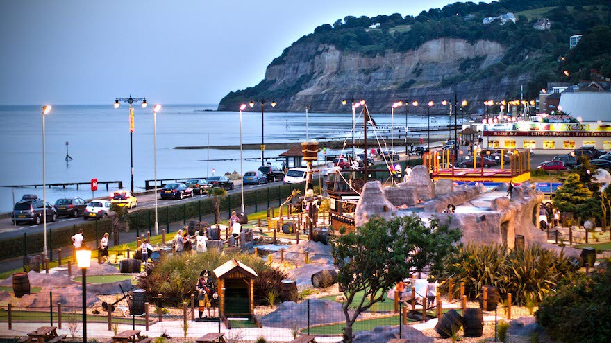 Shanklin Pier Amusements.jpg