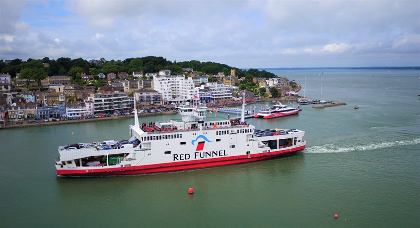 isle of wight ferry deals and discounts red funnel. Black Bedroom Furniture Sets. Home Design Ideas