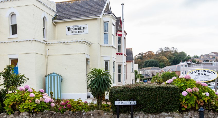The Heatherleigh, Queens Road, Shanklin, Isle of Wight, PO37 6AW