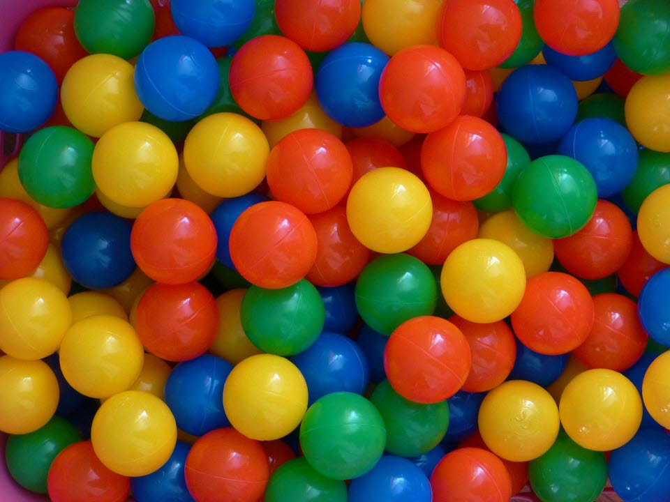 JR Zone ball pit