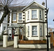 Inglewood Guesthouse, 15 Avenue Road, Sandown, Isle of Wight, PO36 8BN