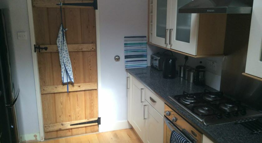 Sail-Ems-Lot-kitchen, Cowes-Isle of Wight