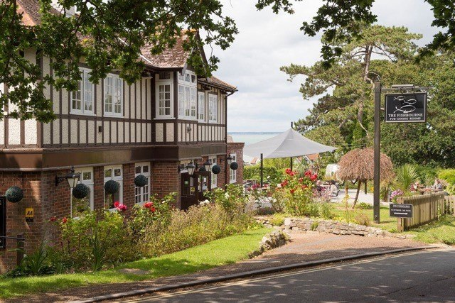 The Fishbourne, Fishbourne Lane, Fishbourne, Isle of Wight, Po33 4EU