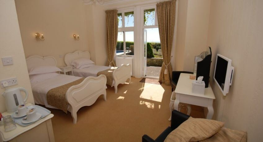 The Leconfield superior room, Bonchurch Isle of Wight