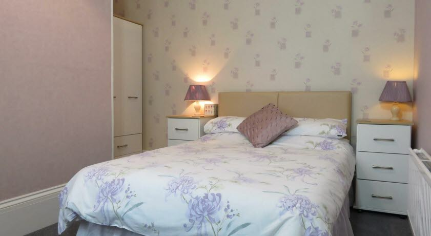 Claremont Guest House double bedroom, Shanklin Isle of Wight