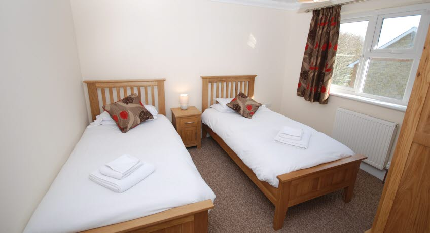 Upper Chine Holiday Cottages and Apartments, 22a Church Road, Shanklin, Isle of Wight, PO37 6QR